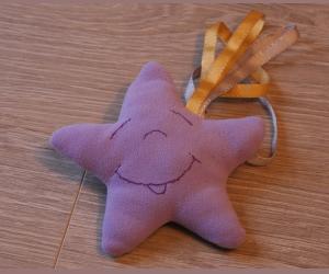 Réaliser un joli doudou étoile filante facilement