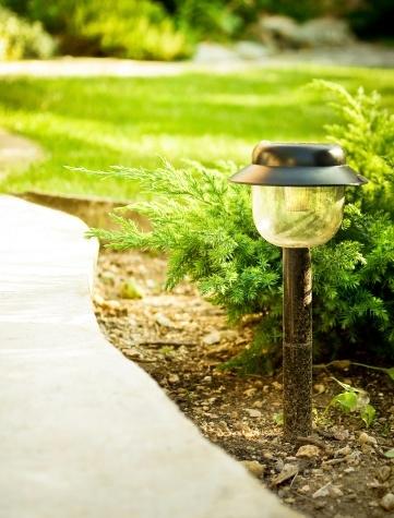 Utiliser Des Lampes Solaires Pour Le Jardin
