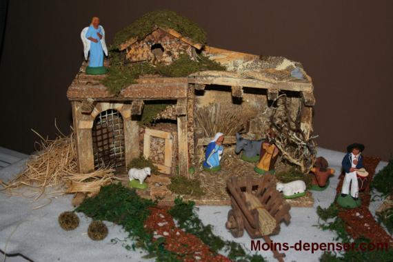 Les cr ches de no l pictures to pin on pinterest - Fabriquer creche de noel en bois ...